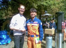 Revd Peter Collier farewelling the Japanese USAR chief